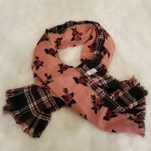 Nordstrom David & Young Reversible Rose Scarf